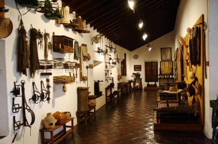 museo artes populares  700x465 12 (+1) museos que ver en Málaga