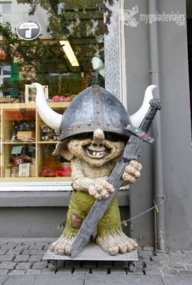 trolls islandia