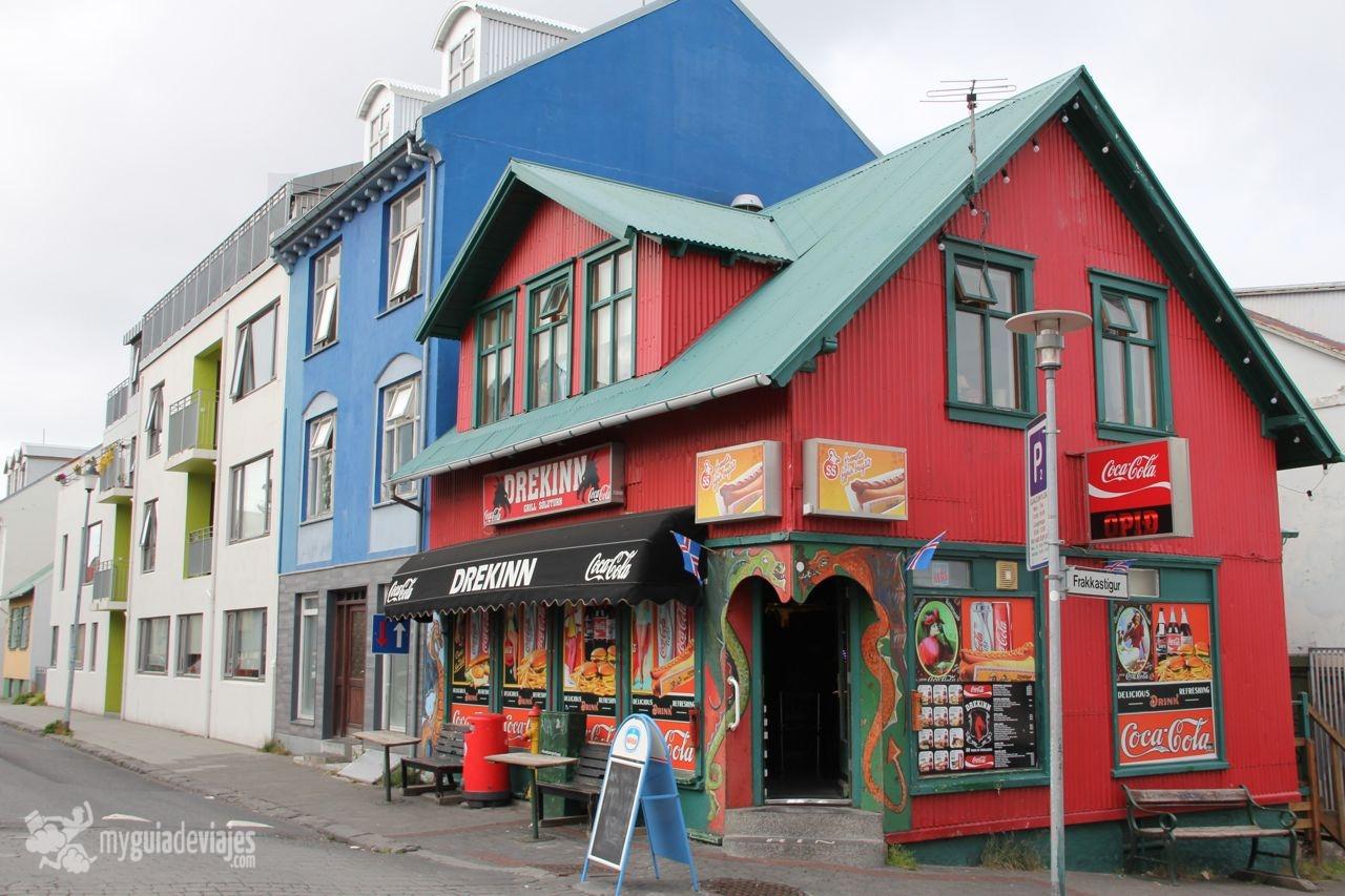 Viaje a islandia reikiavik la peque a gran capital my guia de viajes - Casas en islandia ...