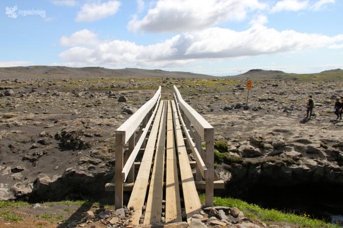 puente trekking islandia