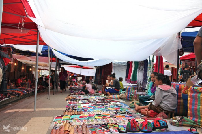 mercado de Luang Prabang