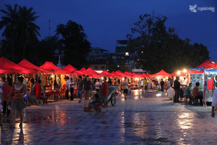 mercado nocturno vientiane
