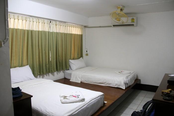 hoteles laos  700x466 Huay Xai y la frontera de Tailandia Laos