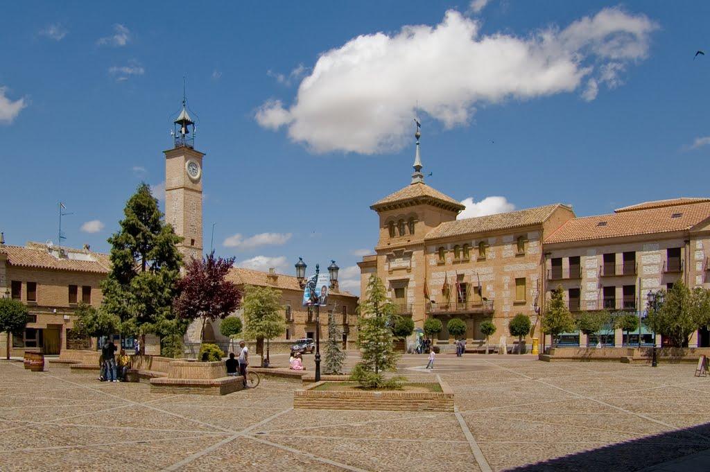 plaza ayuntamiento consuegra