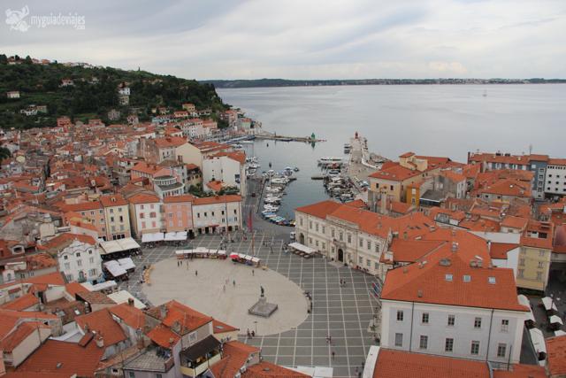 Plaza Tartini y puerto de Piran