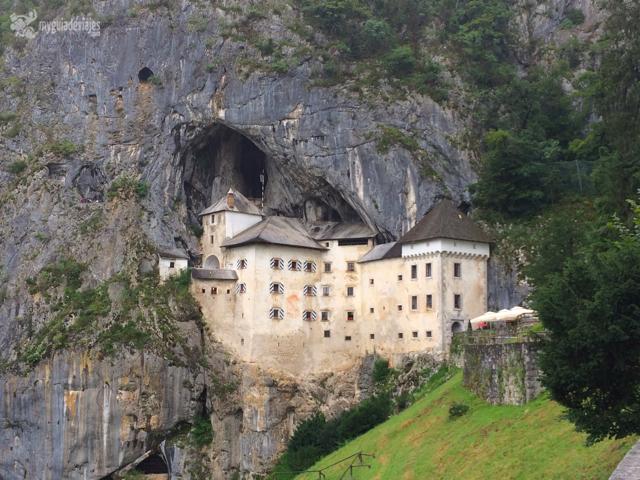 El impresionante Castillo de Predjama