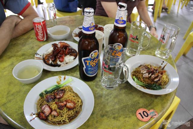 comida en un Hawker de Singapur