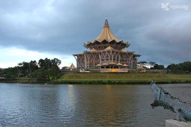 Paseo marítimo de Kuchong, Borneo.