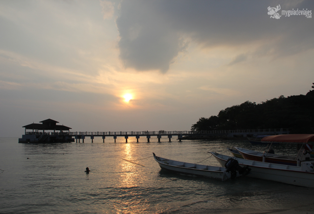 Atardecer en Coral Bay ( perhentian Kecil)