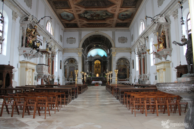 Interior catedral San Jorge