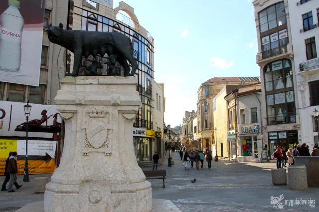 Loba capitolina en la plaza de Roma