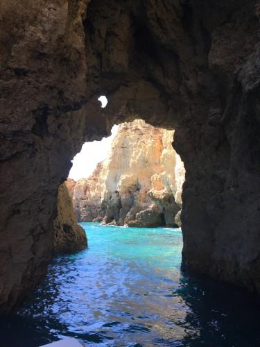 ponta da piedades grutas