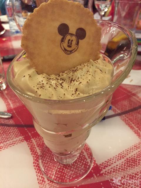 Comer en disneyland par s my guia de viajes for Gastronomia de paris francia