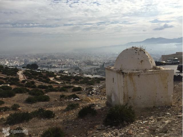 Vistas del cementerio de la ciudad