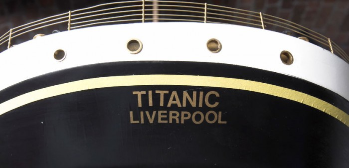 titanic-model-name