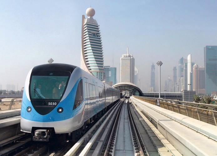 Metro de Dubai. Imagen de youtube.