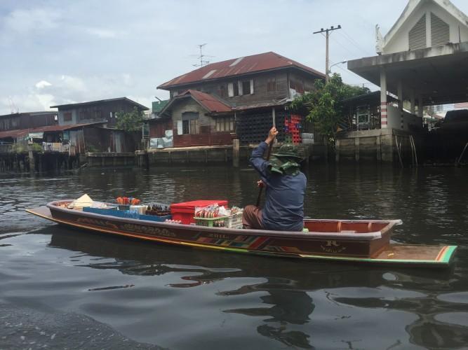 Vendedor en los canales