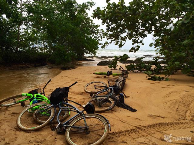 Nuestras bicis acabaron hasta arriba de barro