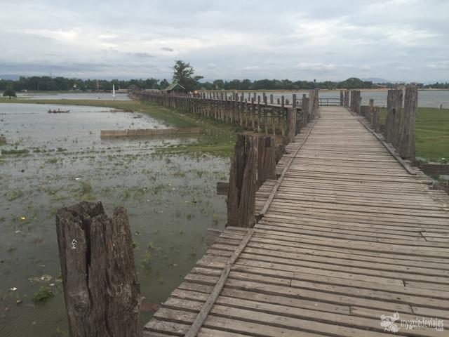 Puente U-Bein cerca de Mandalay