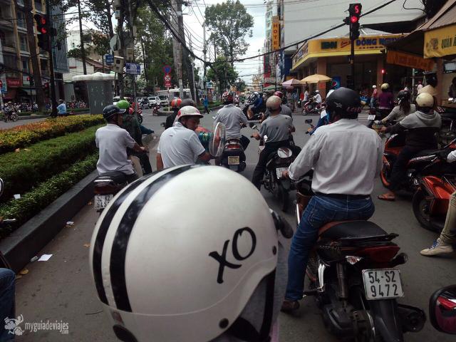 Toda un experiencia el tour en moto por Saigón.