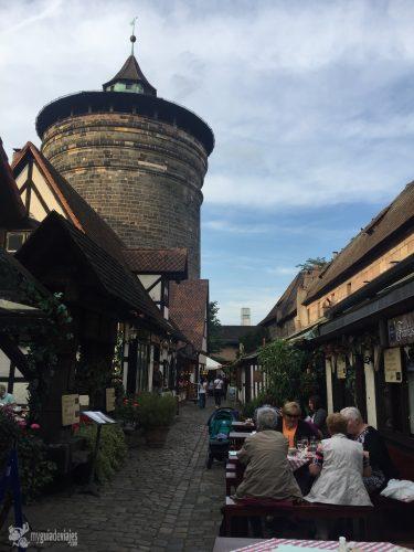 Detrás de la torre Frauentortum hay bonitos rincones.