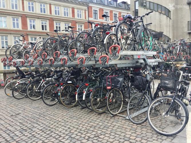 Parking lleno