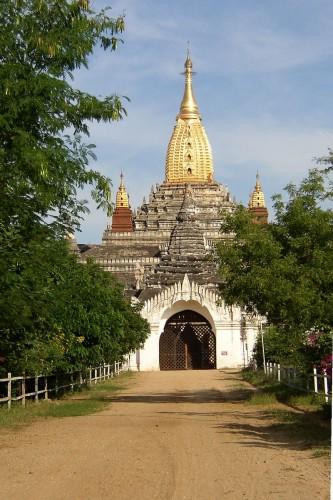 Ananda, el templo sagrado de Bagan ( wikipedia.org)