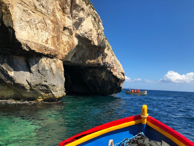 cueva azul malta