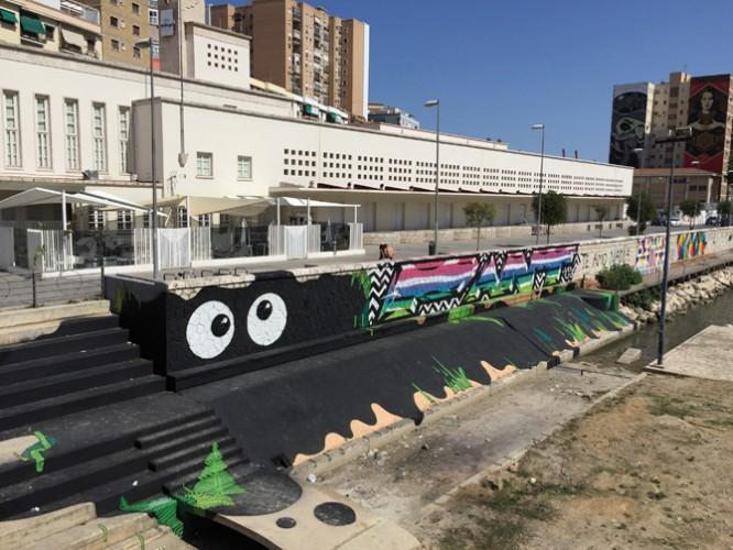 Los ojos del Guadalmedina y otros graffitis junto al CAC
