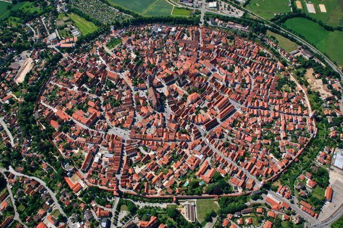 Nordlingen desde el aire. Fuente: wikipedia
