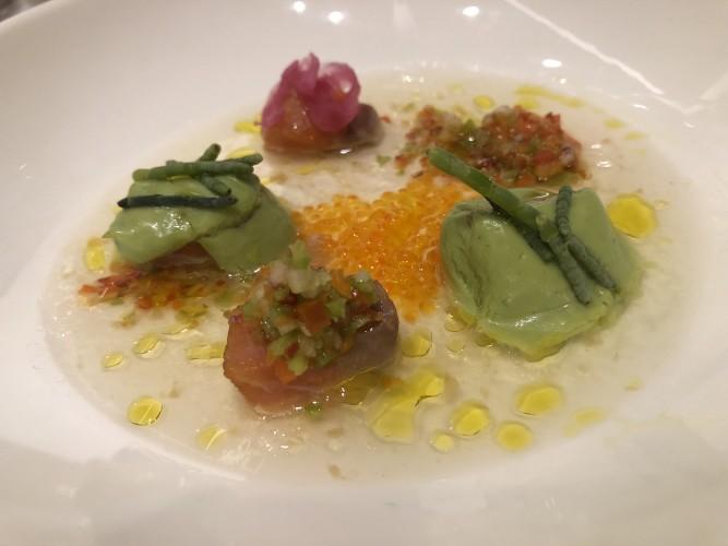 Trucha de Cazorla con pil pil vegetal. Restaurante Los Sentidos, Linares
