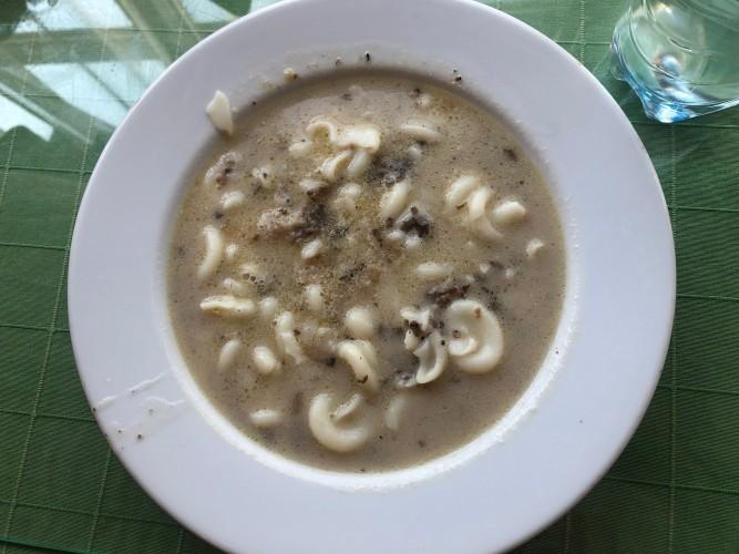sopa pasta y champiñones