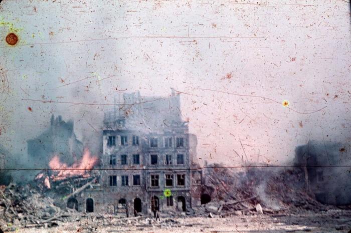 Alzamiento en 1944. Wikipedia
