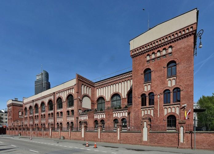 fachada museo alzamiento
