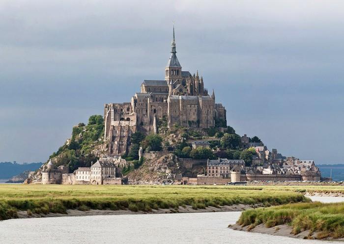 Mont_St_Michel wikipedia