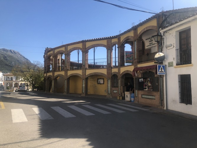 plaza toros cortes