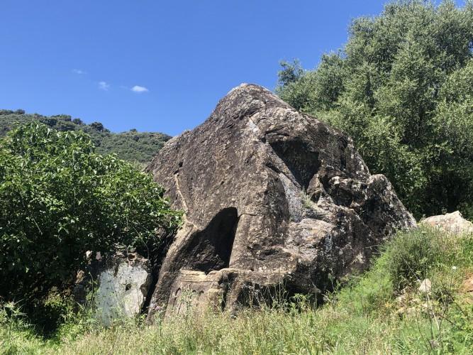 casa de piedra Cortes